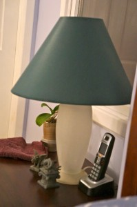The surviving lamp. You can't tell, but that would be frosted crackle glass circa 1994.